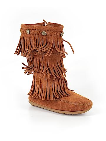 Minnetonka Boots Size 12