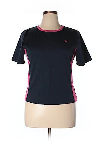 Silver Wear Short Sleeve T-Shirt Size XL