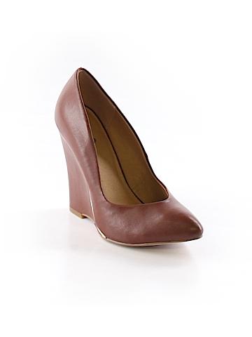 Mia Wedges Size 5 1/2