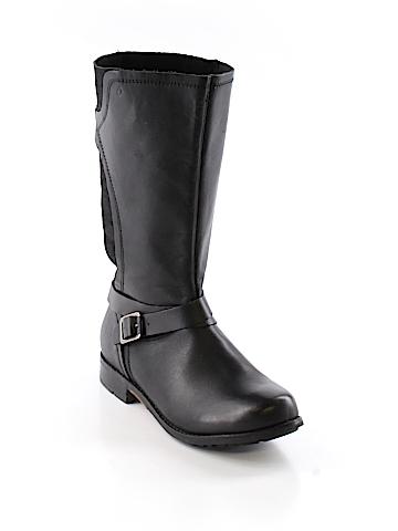 OluKai Boots Size 9 1/2