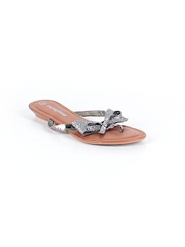Charming Charlie Flip Flops Size 5 1/2
