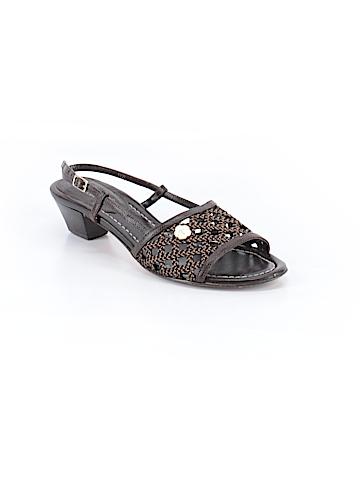 Eric Javits Sandals Size 9 1/2