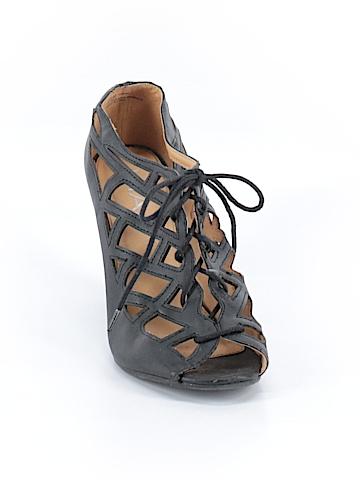Mia Wedges Size 9 1/2
