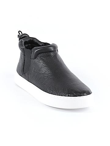 Dolce Vita Sneakers Size 8