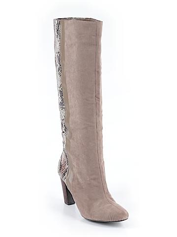 Cosmopolitan Boots Size 8 1/2