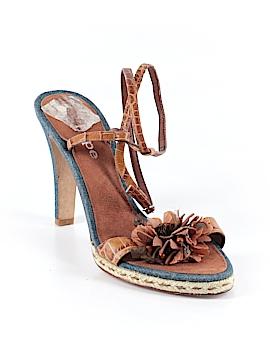Hype Heels Size 9 1/2