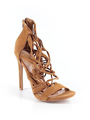 Shoe Republic LA Heels Size 6