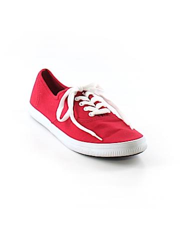 City Sneaks Sneakers Size 9
