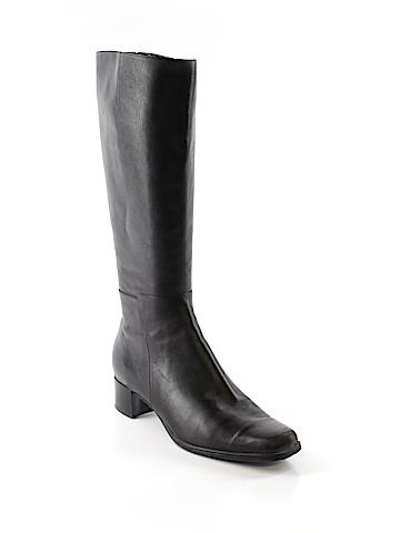 Sudini Boots Size 8