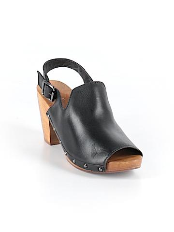 KMB Mule/Clog Size 6 1/2
