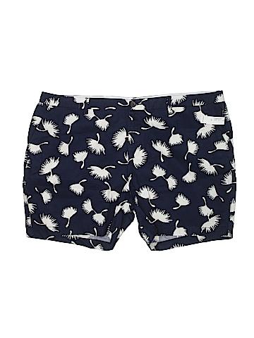 Old Navy Khaki Shorts Size 20 (Plus)