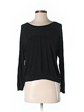 Kim & Cami Long Sleeve T-Shirt Size S