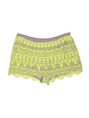 Lush Shorts Size M