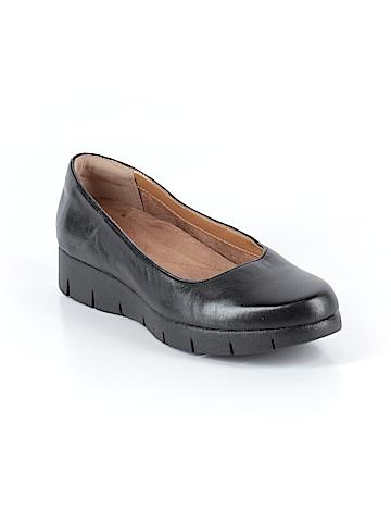 Clarks Flats Size 7 1/2