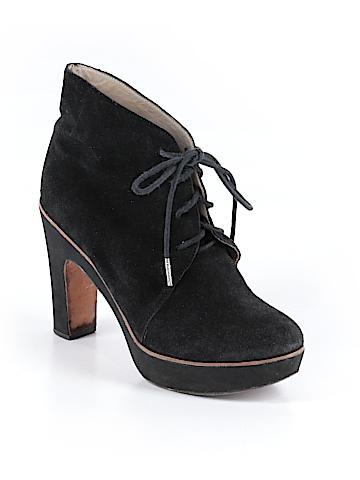 KORS Michael Kors Ankle Boots Size 8