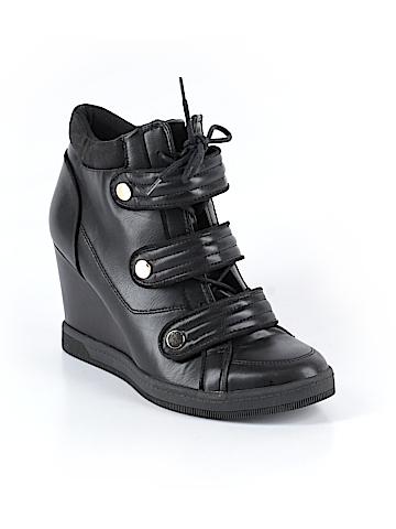 Aldo Sneakers Size 9