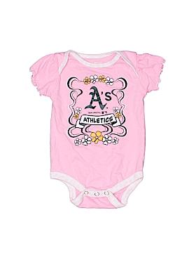 Team Athletics Short Sleeve Onesie Size 0-3 mo