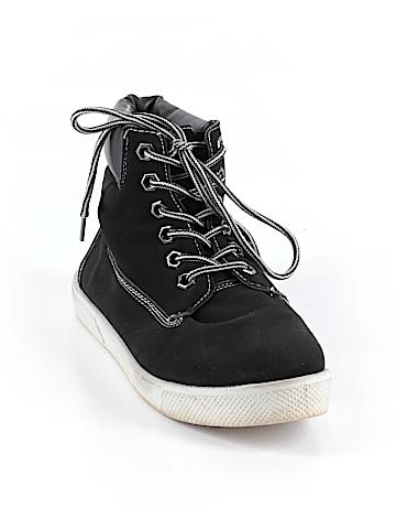 Wild Diva Sneakers Size 7