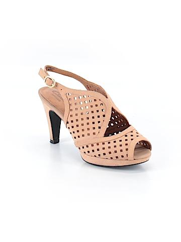 Clarks Heels Size 6 1/2