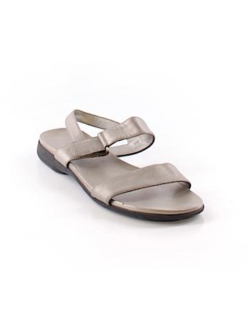 Madeline Sandals Size 10