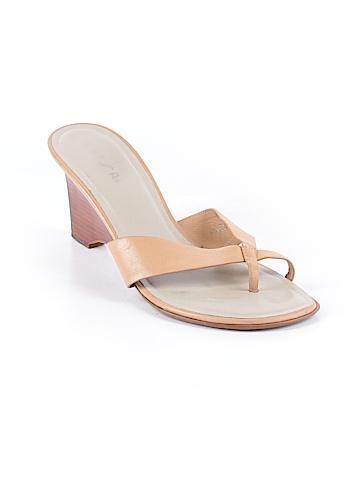 Unisa Sandals Size 8 1/2