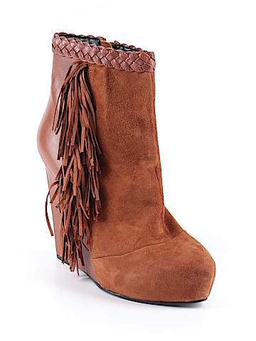 Boutique 9 Ankle Boots Size 8 1/2