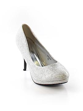 David's Bridal Heels Size 8 1/2