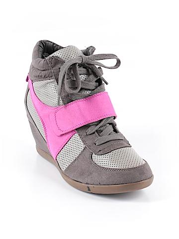 Lane Bryant Sneakers Size 10 (Plus)