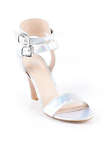 Victoria's Secret Heels Size 7