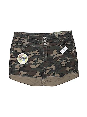 Almost Famous Khaki Shorts Size 20 (Plus)