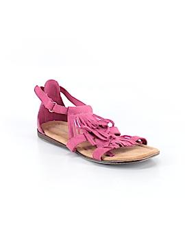 Minnetonka Sandals Size 4
