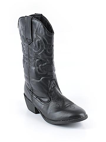 SmartFit Boots Size 6