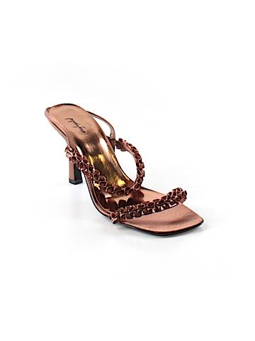 Jacqueline Ferrar Heels Size 9 1/2