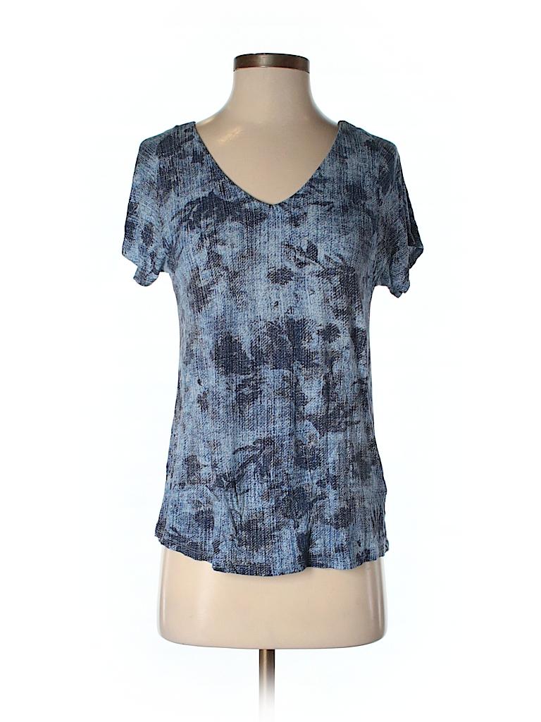 Liz claiborne short sleeve t shirt 73 off only on thredup for Liz claiborne v neck t shirts