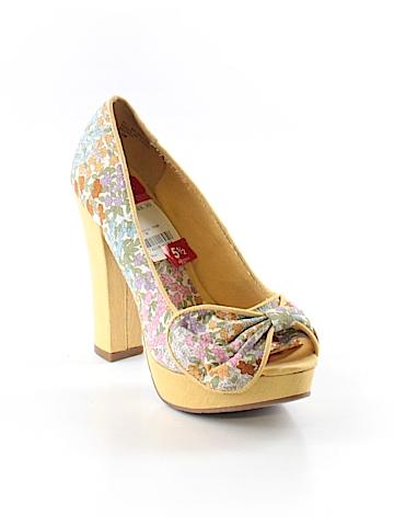 American Rag Cie Heels Size 5 1/2