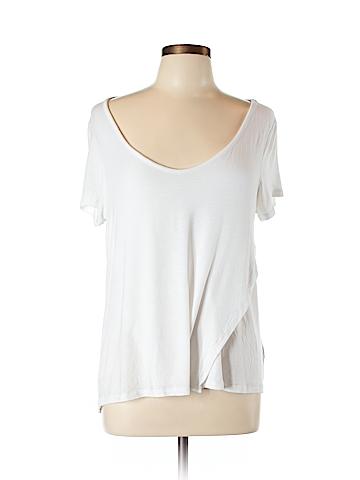 Rocawear Short Sleeve T-Shirt Size L