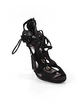 Breckelle's Heels Size 7