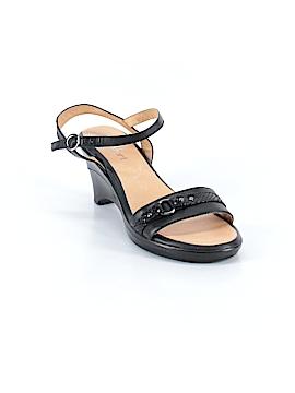 Strictly Comfort Heels Size 9 1/2