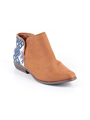Cat & Jack Ankle Boots Size 6
