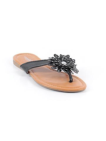 Capelli New York Flip Flops Size 6