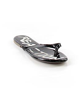 Kenneth Cole REACTION Flip Flops Size 4