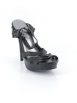 Type Z Heels Size 9 1/2