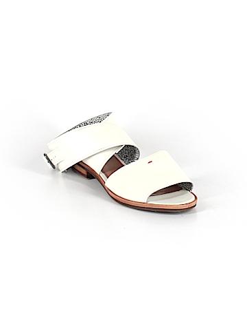 ED by Ellen Degeneres Sandals Size 8
