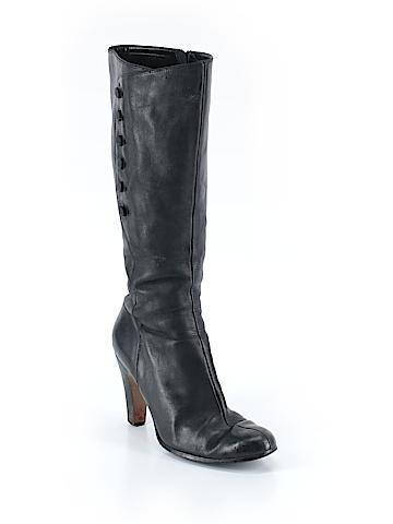 Tahari Boots Size 8 1/2
