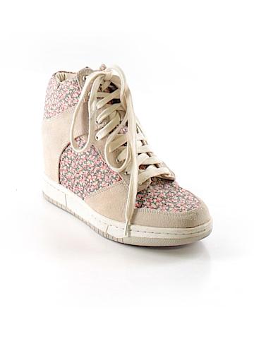Steve Madden Sneakers Size 6 1/2