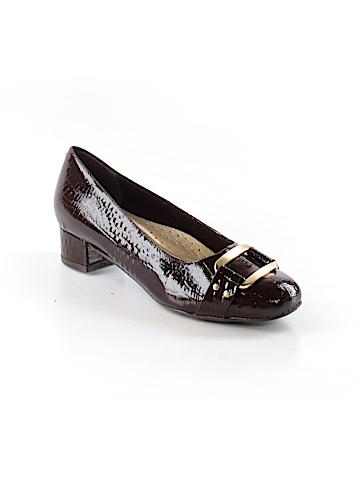 Trotters Heels Size 5 1/2