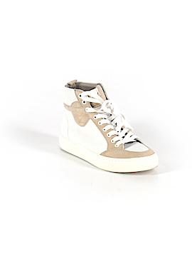 Modern Vintage Sneakers Size 7