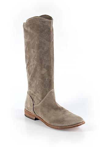 Vic Boots Size 39 (EU)