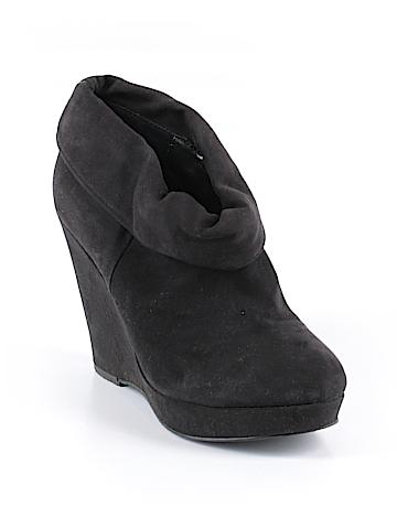 Kelsi Dagger Brooklyn Ankle Boots Size 7