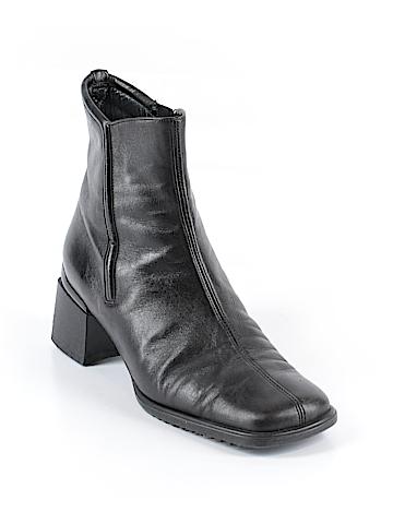 AQUATALIA Ankle Boots Size 8